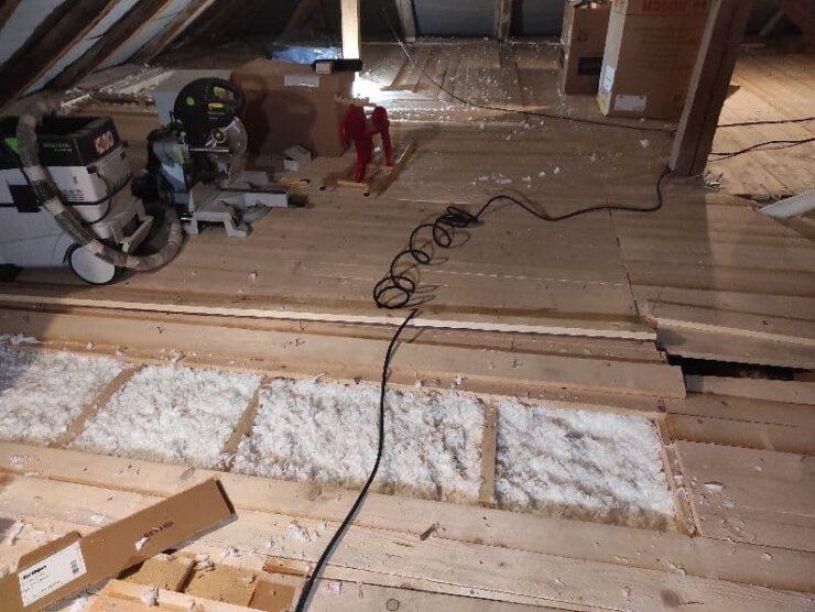 Referencia zateplenie trámového stropu fúkanou izoláciu Báhoň