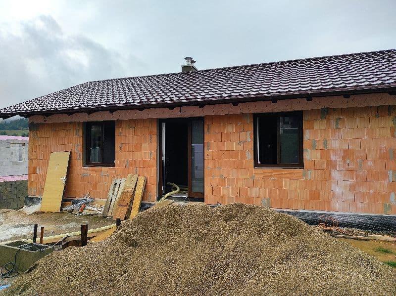 Novostavba bungalov z tehly